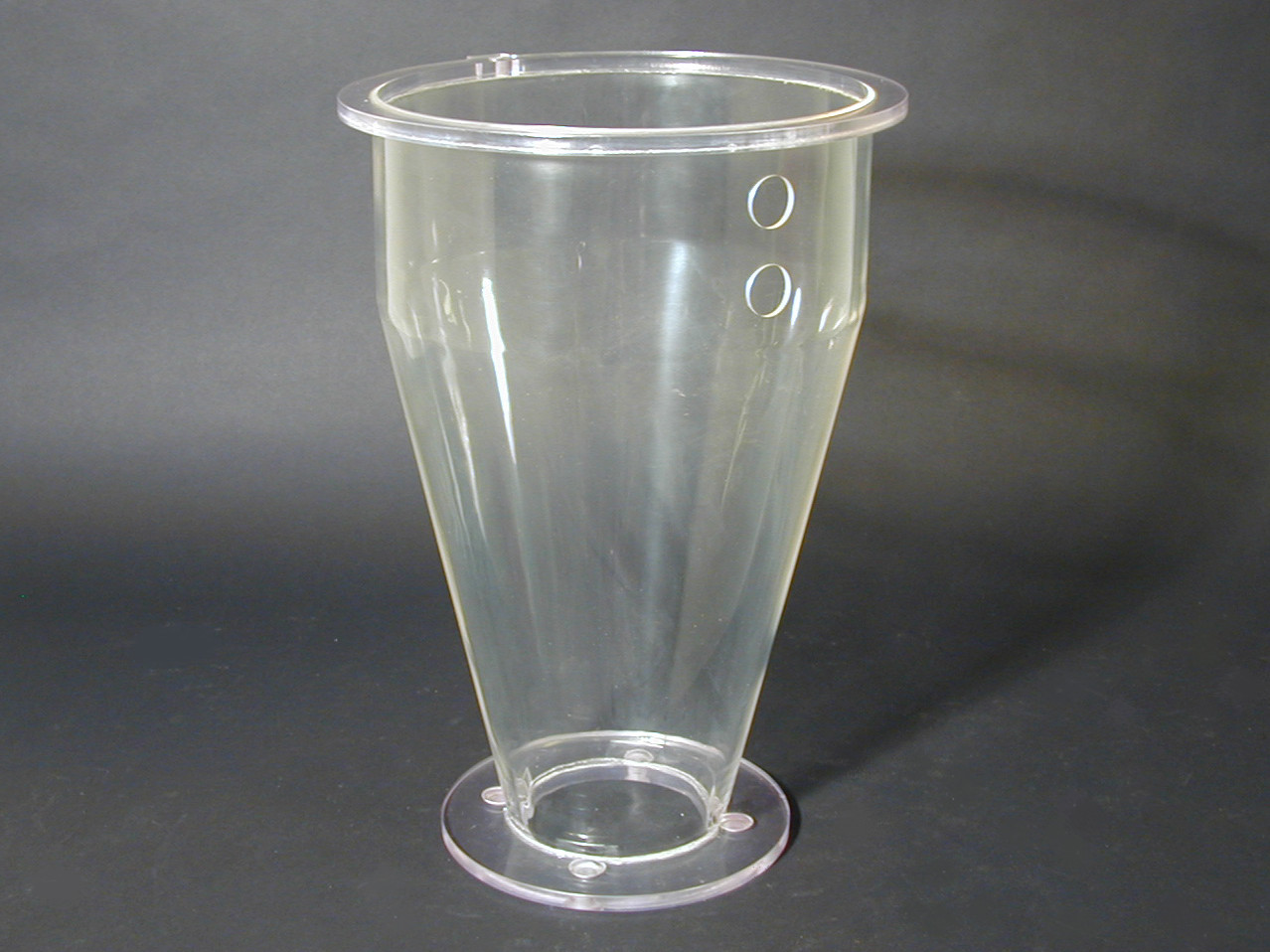 Seamless Thermoformed Acrylic Vessel